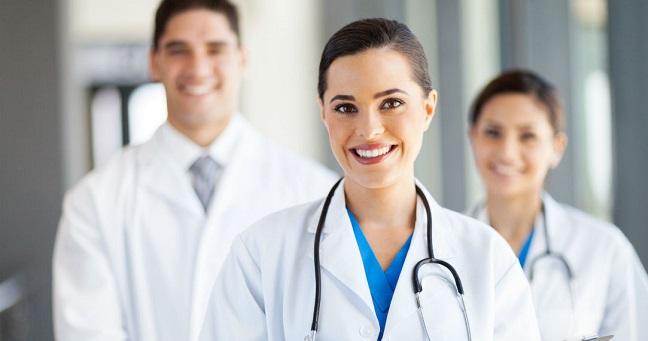 doktor Sağlık Personelinin Forma Renkleri Değişiyor